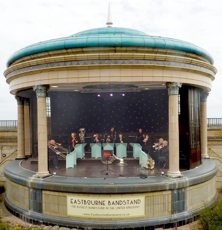 190811 EBN 02 bandstand